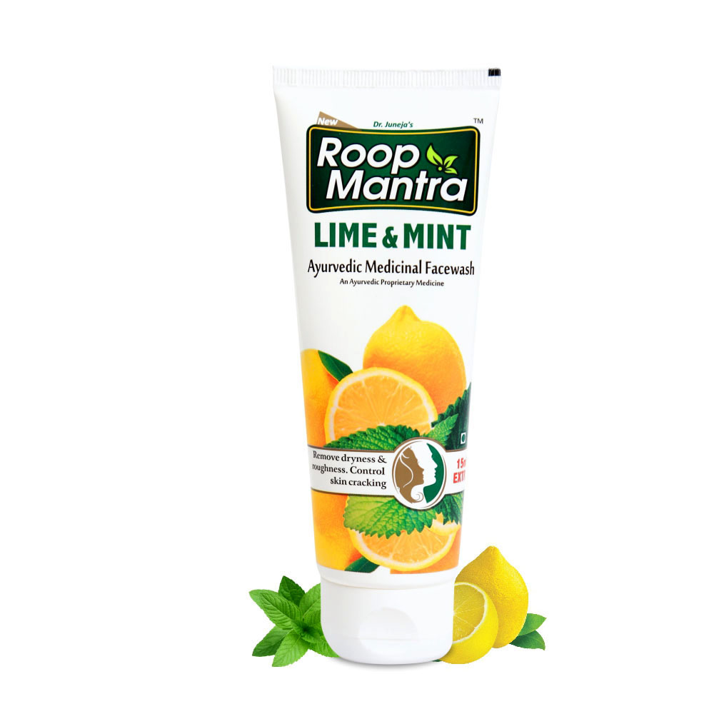 Roopmantra-ayurvedic-Facewash-To-Clear-Skin-Pores